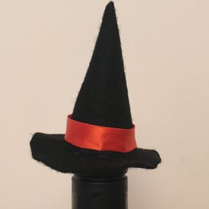 Halloween crafts for Adults - Witches hat bottle topper